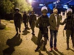 اعتقال (8) مواطنين.. وقوات الاحتلال تداهم منازل