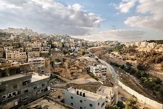 إجراءات الاحتلال ضد اللاجئين الفلسطينيين في القدس - حالة مخيم شعفاط