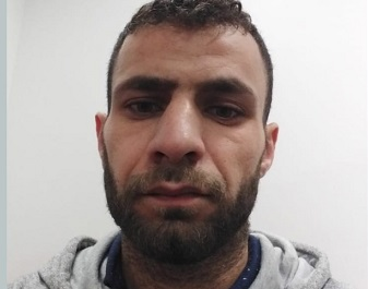 بعد رفضه الترحيل ..الشرطة التركية تعتدي على اللاجئ الفلسطيني