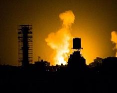 نتيجة القصف الإسرائيلي.. 3 شهداء بينهم سيدة حامل وطفلتها و12 اصابة بغزة