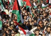 إضراب شامل وتعطيل المدارس والجامعات ومسيرات في مراكز المدن الفلسطينية
