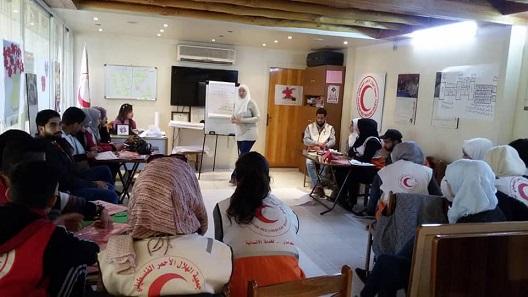 عشرات المتطوعين الفلسطينيين يشاركون في دورة دعم نفسي للأطفال في دمشق وحمص وحلب