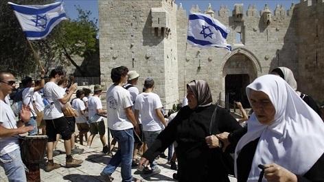 خنق القدس: عام حاسم في مساعي الاحتلال لتكريس سيادته