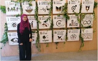 آية يوسف.. لاجئة فلسطينية مرشحة لجائزة أكثر طالب نفوذاً في العالم