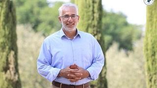 كاتب فلسطيني يُصدر كتاب (قالت وقال) باللغتين العربية والبلغارية