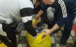 توزيع بعض المساعدات على فلسطينيي سورية في مخيمي شاتيلا وبرج البراجنة