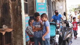 أطفال المخيمات الفلسطينية في لبنان يفتقدون لمساحات اللعب الآمنة