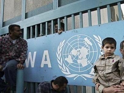 فورين بوليسي: إدارة ترامب تسعى لإنهاء عمل وكالة غوث اللاجئين