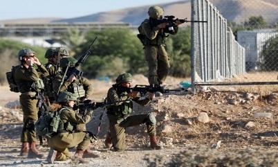 """بسبب """"الضم""""…إسرائيل تؤجل تنفيذ قرار يُقلص """"حمل السلاح"""""""