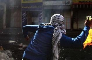 إصابة جندي من جيش الاحتلال بإلقاء زجاجات حارقة شرق قلقيلية