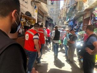 بلدية الغبيري تعقم أحياء مخيم شاتيلا