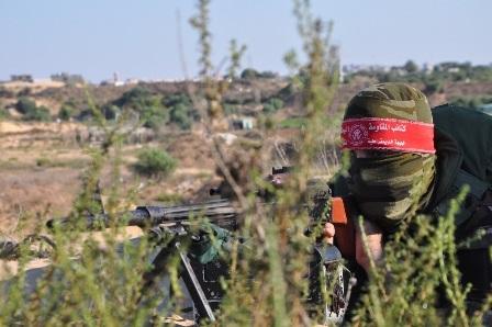 مناورة عسكرية لكتائب المقاومة الوطنية على حدود قطاع غزة الشمالية