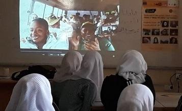مركز عناتا الثقافي يناقش أفلام في مدارس ضواحي القدس