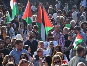 مظاهرات احتجاجية تنديداً بالمجزرة الإسرائيلية في غزة