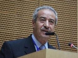تيسير خالد لقادة حماس: قليل من التواضع ومن احترام التاريخ!