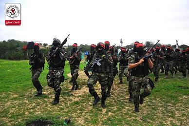 في ذكرى الانطلاقة الـ51 كتائب المقاومة الوطنية تختتم مناورة عسكرية جنوب القطاع