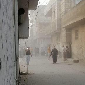 بينهم أربعة أطفال.. (9) مدنيين ضحايا قصف صاروخي استهدف مخيم النيرب