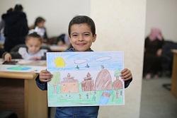 طلاب الأونروا في غزة يشاركون في المسابقة الفنية