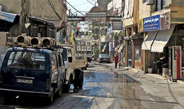 اللاجئون الفلسطينيون: أوضاعنا المعيشية باتت مأساوية