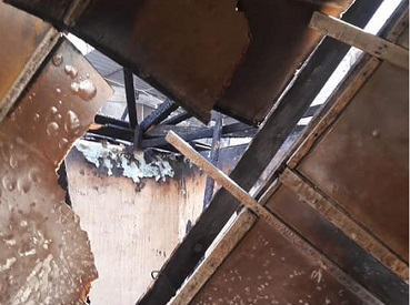 ماس كهربائي يتسبب في حرق 5 منازل بمخيم النيرب