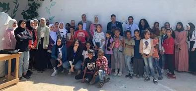الأردن: اتحاد قيادات المرأة يزور مُخيّم جرش ويسلّم أثاثاً مدرسياً لخدمة الطلبة