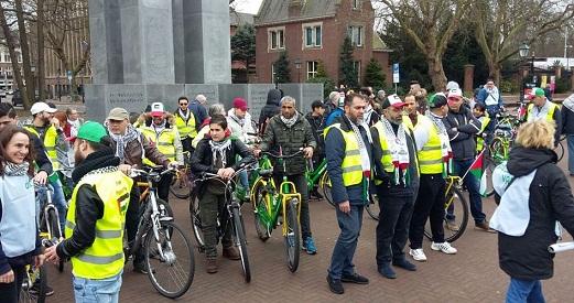 الجالية الفلسطينية تشارك في جولة دراجات هوائية احتجاجية في هولندا