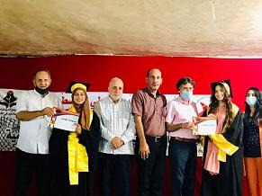 مهرجان طلابي تكريما للطلبة الفلسطينيين الناجحين بالشهادة الثانوية في مخيم عين الحلوة