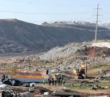 الاحتلال يهدم مزرعة لتربية الخيول شمال شرق القدس