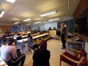 الجالية الفلسطينية في جنوب النرويج تفتح العام الدراسي الجديد بحضور الطلاب
