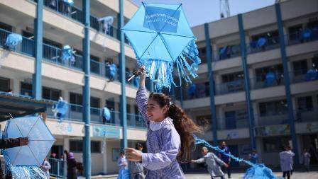 الضغط الشعبي والفصائلي يجبر «الأونروا» على الانصياع بتسجيل الطلبة من «غير اللاجئين» في مدارسها