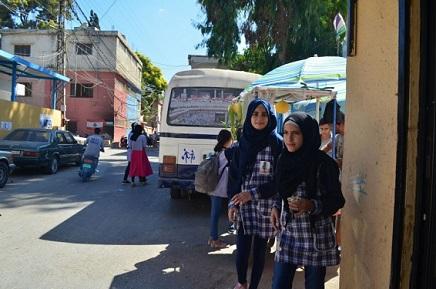 معلمون فلسطينيون يضعون خطة لرفع نسب النجاح في الدورة الثانية من