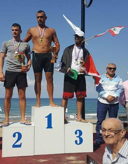 فلسطيني سوري يفوز بالمركز الثالث في مسابقة السباحة لمسافه 1000 م في لبنان