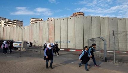 المكتب التنفيذي للاجئين: الاحتلال يستهدف مؤسساتنا بالقدس