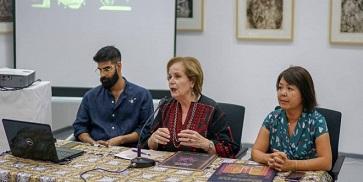 """متحف جامعة بيرزيت يطلق كتاب: """"سبع عشرة غرزة تطريز من فلسطين-دليل تعليمات"""""""