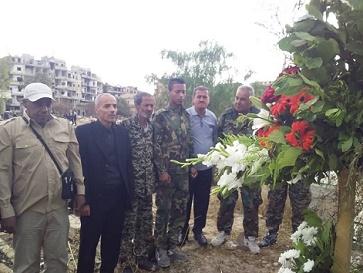 بمناسبة عيد الفطر السعيد الديمقراطية /اقليم سوريا تضع اكليلا