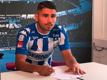 السويد تضم لاعباً فلسطينياً سورياً إلى صفوف منتخبها الوطني لكرة القدم