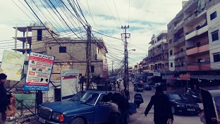 عودة الكهرباء إلى مخيم نهر البارد شمالي لبنان بعد انقطاع دام 3 أيام