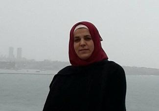 بحثٌ علميّ لطالبة فلسطينية يتميّز بفكرته ويشارك بمؤتمرٍ دوليّ في عُمان