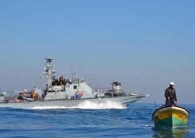 قوات الاحتلال تعتقل 10 صيادين قبالة سواحل رفح