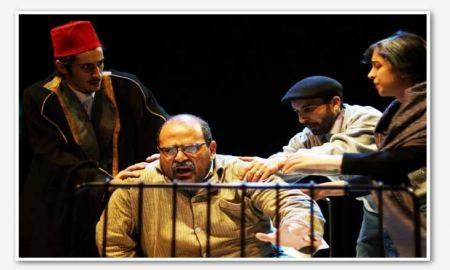 مسرحية (صاحب الكرمل)… سيرة صحافي لبناني وقع في حب فلسطين