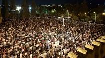 350 الف مصلٍ يحيون ليلة القدر في المسجد الاقصى