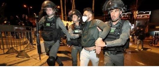 القدس: إصابات واعتقالات خلال مواجهات قوات الاحتلال في الشيخ جراح -