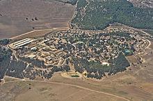 اللجون (قرية )