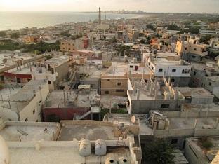 لاجئو المخيمات الفلسطينية: متمسكون بمقاومتنا وحقنا في العودة