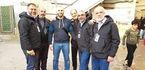 توزيع مساعدات مالية على عدد من العائلات الفلسطينية السورية في مخيم عين الحلوة