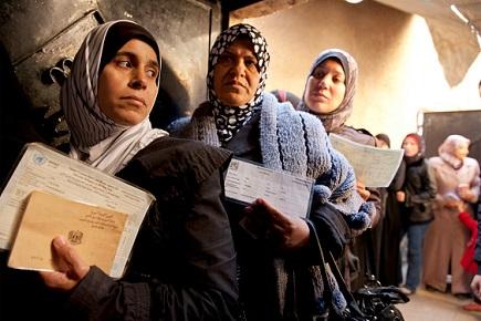 مطالبات باستمرار وزيادة معونة الأونروا الغذائية والمالية للفلسطينيين في سورية