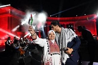 «قناة mbc» تحذف «علي الكوفية» لمحمد عساف.. وسخط بمواقع التواصل