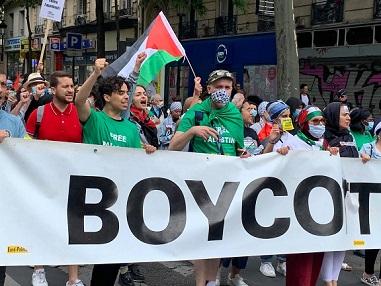 حشود في باريس ودعوات في أوروبا والأمريكيتين: دور استراتيجي للفلسطينيين في مواجهة مشروع الضم