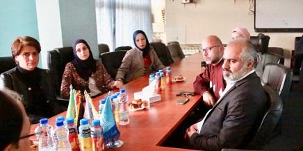 """""""الثقافة"""" و""""اللجنة الوطنية"""" توقعان اتفاقية دعم مراكز ثقافية ونسوية مقدسية"""