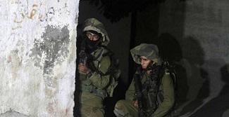 الاحتلال يعتقل ثلاثة مواطنين من كفر قدوم في قلقيلية